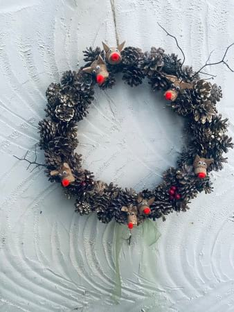 Pinecone & Reindeer Wreath